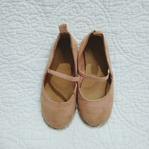 Old Navy flats. Size 8